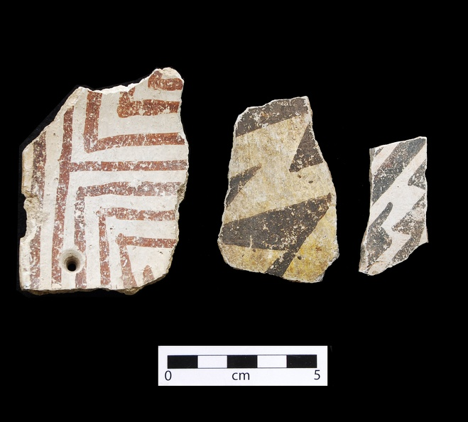 Escavada Black-on-white Sherds