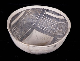 Kayenta Black-on-white Bowl
