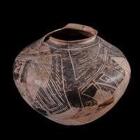 Kayenta Black-on-white Jar/Olla