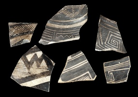 Black-on-white Sherds from Keel Seel