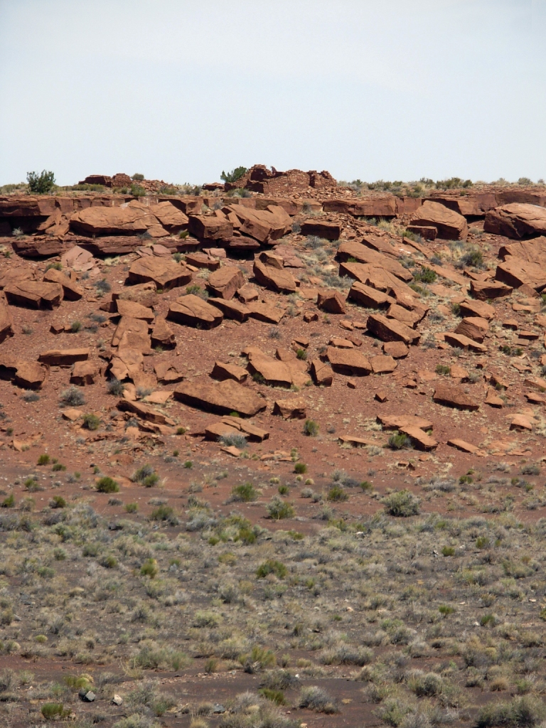 Ruins of other homes near Wupatki Pueblo