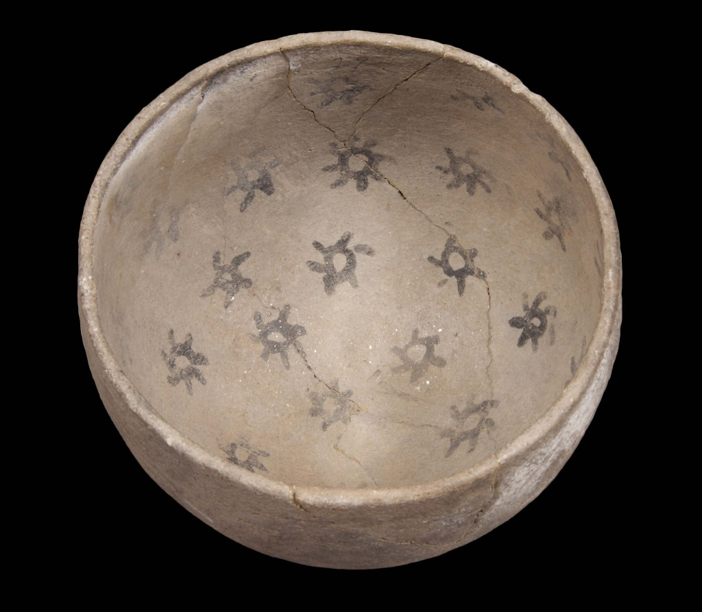 Prescott Black-on-gray bowl from Tuzigoot National Monument.  Photo Credit: Dan Boone/Ryan Belnap,  Bilby Research Center, Northern Arizona University